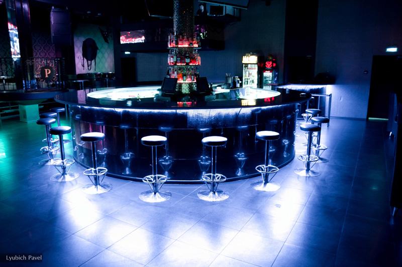 Ночной клуб в норильске фитнес клуб кому за 50 москва